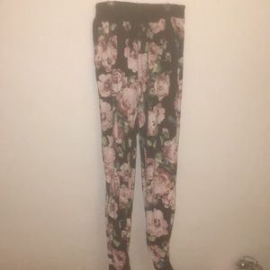 Floral pants/joggers they are good quality!